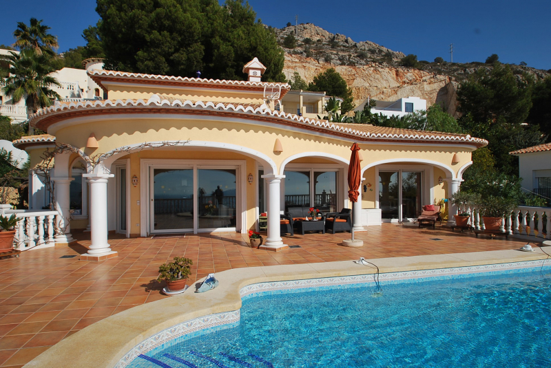 Ferienhaus Kaufen Spanien : ferienhaus altea f r 4 personen luxusvilla mieten in ~ Lizthompson.info Haus und Dekorationen