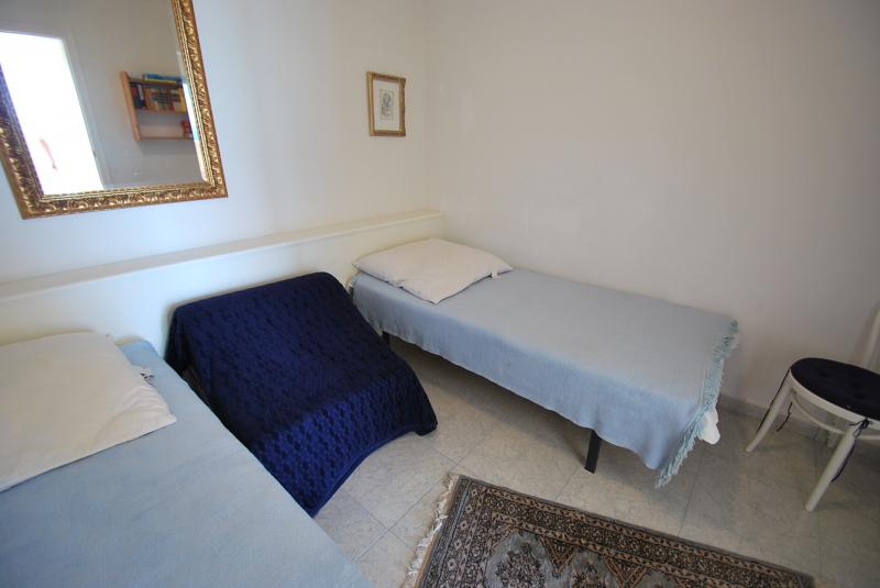 bildergalerie ferienhaus mieten spanien moraira teulada benimeit villa meerblick kleiner raum. Black Bedroom Furniture Sets. Home Design Ideas
